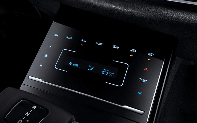 pantalla led de consola de aire acondicionado climatizador del SUV Ix5
