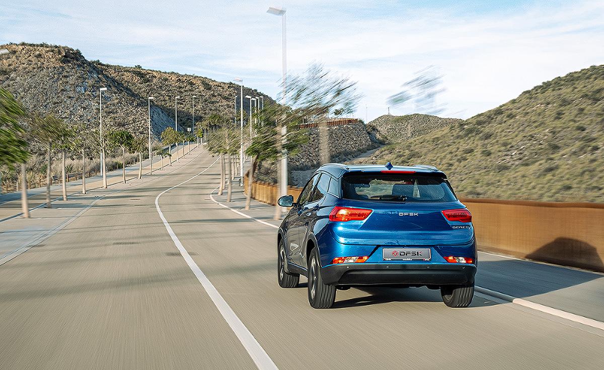 La Vanguardia: «Llega a España el DFSK Seres 3, el primer SUV eléctrico chino»